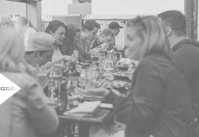 Gastronomie Essen Tisch Restaurant Voll